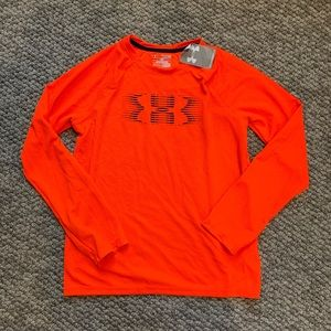 NWT Youth Under Armour T-shirt size XL